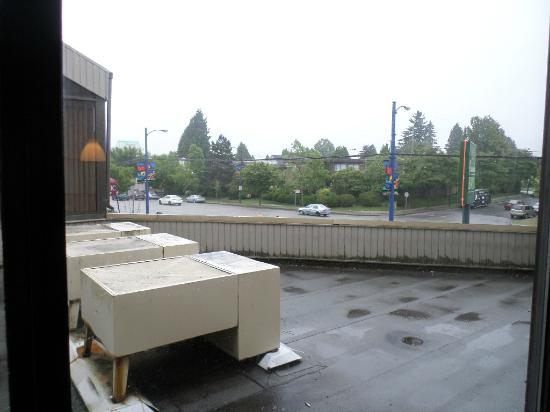 Cassandra Hotel: Scenic view of the air conditioning units on  flat roof