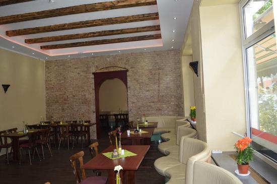 Restaurant Amira