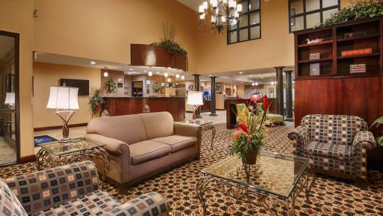 BEST WESTERN PLUS Daphne Inn & Suites: Lobby