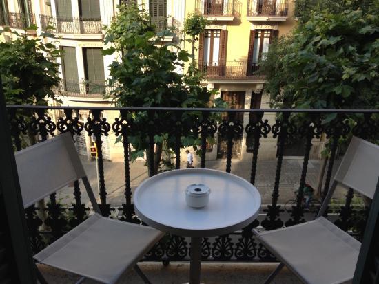 BarcelonaBB: The White Room's balcony