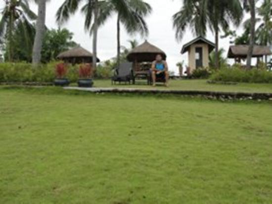 Terra Manna Beach Resort & Camping: grounds