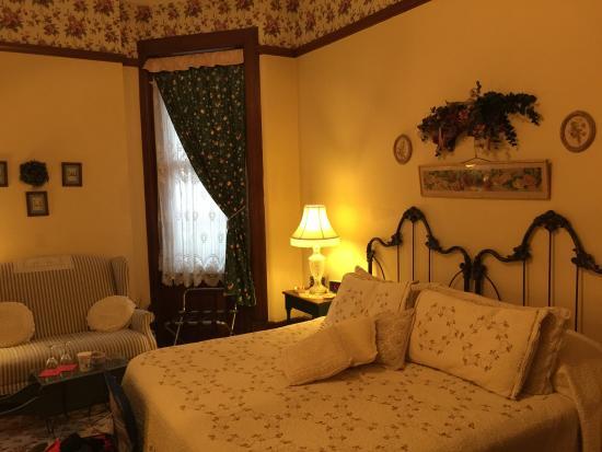 Foto de Rocking Horse Manor Bed and Breakfast