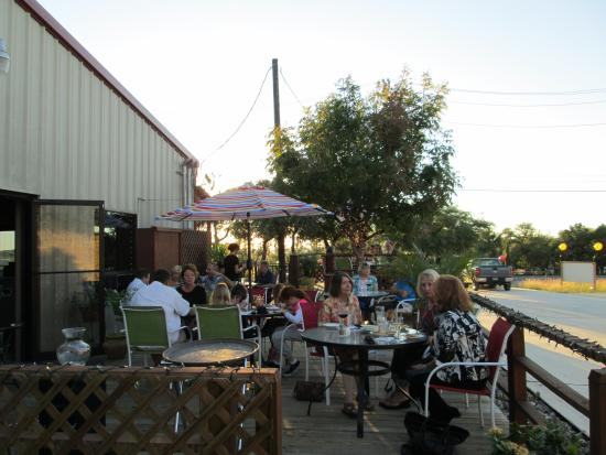 Silver Sage Grille: Enjoy a fantastic meal on our deck!