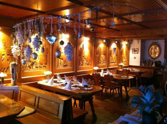 Restaurant Marktplatz: Weihnachtsdekoration von Sylvia Scheidegger