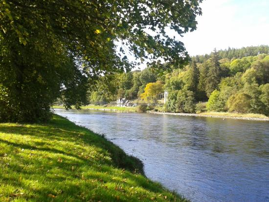 Eastbank Hotel: River Spey