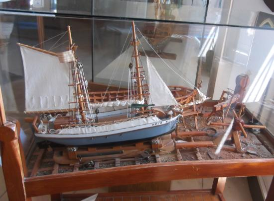 19th Century warship - Picture of Maritime Museum of Crete ...
