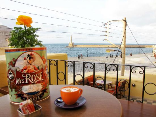 Aeriko Cafe-Bar