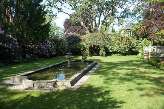 Villa Marco Polo  Inn: Garden