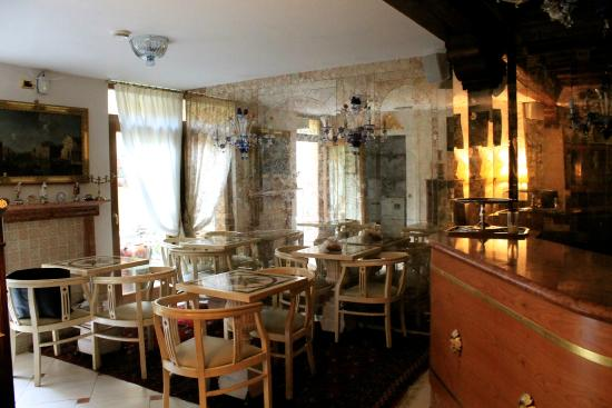 Ca' Pagan: Breakfast room