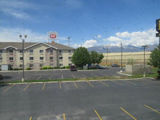 BEST WESTERN Timpanogos Inn: View from room looking at another hotel- Super 8