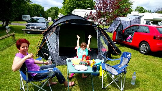 Lee Valley Campsite, Sewardstone: Happy