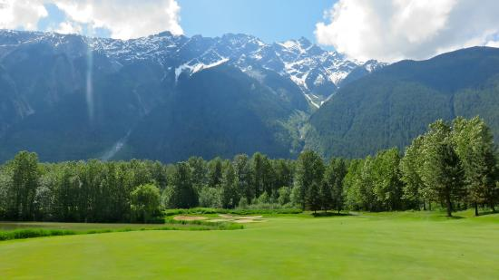 Big Sky Golf Club : Feeling like your in Heaven.