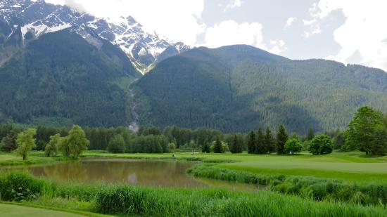 Big Sky Golf Club: Lots of water hazards that i help raise the water level in by dropping in a few golf balls.