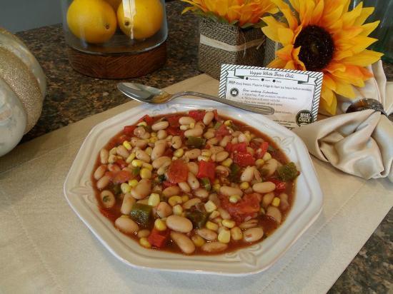 Brookhaven, PA: Veggie White Bean Chili