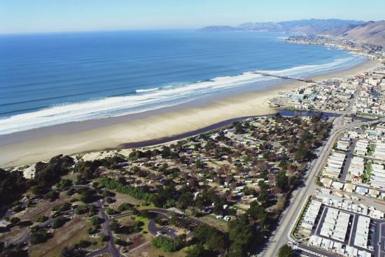 Pismo Coast Village RV Resort: aerial view of resort and surroundings