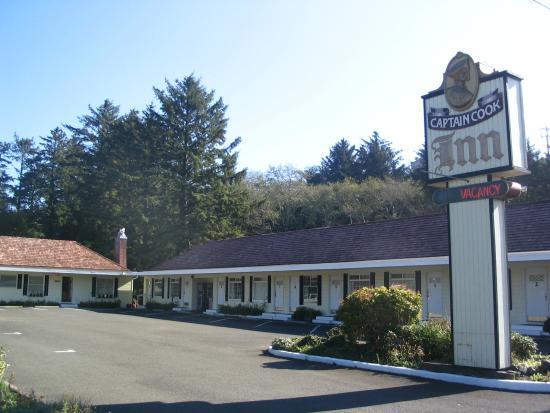 Captain Cook Inn: Old World charm