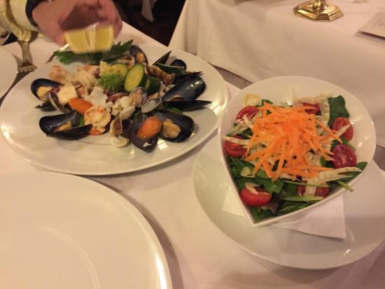 Ristorante Santa Marta: Steam Seafood Salad and Side dish Salad