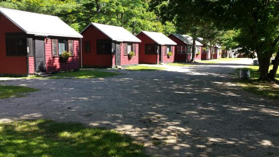 Montaup Cabins Picture