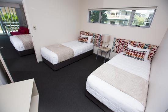 Navigate Seaside Hotel & Apartments: Family Room