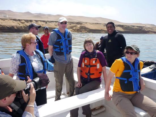 Inti-Mar-Paracas: tour de las conchas con turistas alemanes