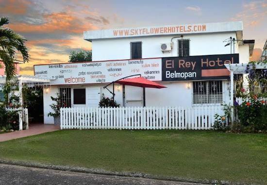 El Rey Hotel