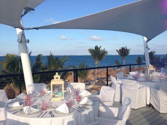 Finest Playa Mujeres Sky Bar Set Up For A Wedding Reception Great Place To