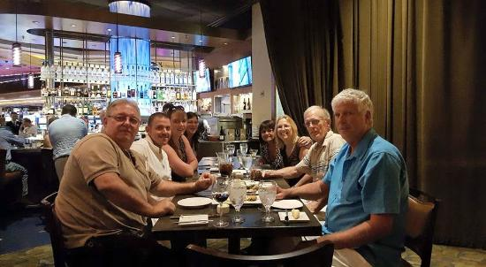 Besh Steakhouse at Harrah's: Wonderful restaurant and great dinner with friends.