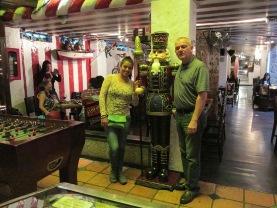 La Jugueteria Macarena: with my future Wife Vanessa Ortegon