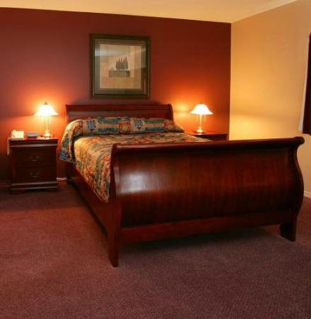 Stanford Hotels and Resort: Executive King Room