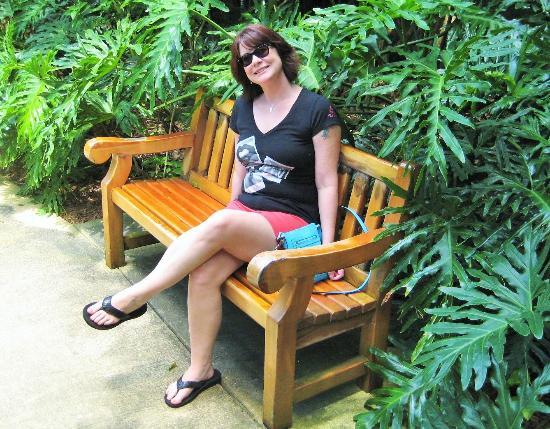 Sunken Gardens: Hottie on a bench