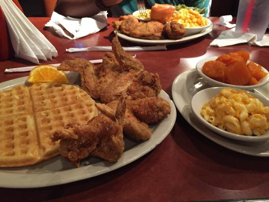 Gladys Knight's Chicken & Waffles Concepts Photo