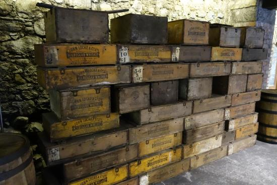 S 229 H 228 R I Tr 228 L 229 Dor F 246 Rpackades Whiskey Picture Of Old