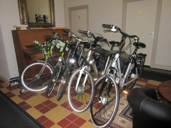 Hotel Singel: Bike rentals