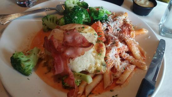 Solo Trattoria: Stuffed Chicken Breast with Penne