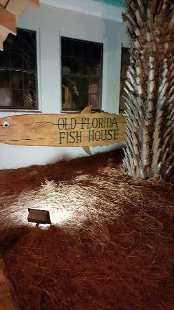 Old Florida Fish House & Bar: Food was very good and nice atmosphere.