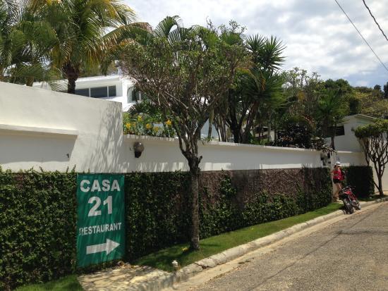 Casa Veintiuno : Exterior of Casa Veintuno, Sosúa, Dominican Republic