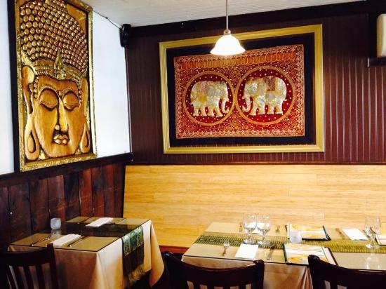 Thai House Restaurant Dine In Area