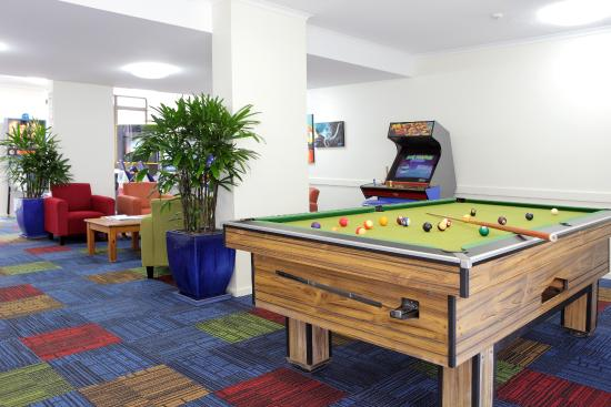 Pacific Beach Resort: Games Room