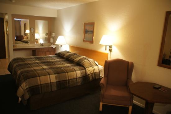 Antelope Hills Inn