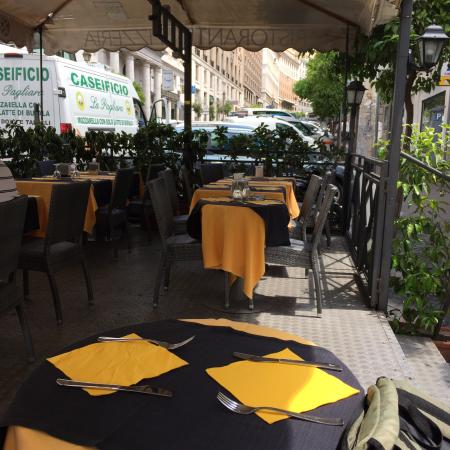 テラス席 Picture Of Terrazza Barberini Rome Tripadvisor