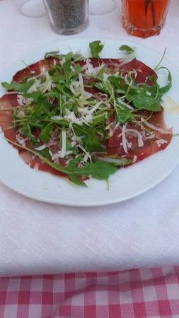 La Spelonca: Bresaola with parmegiano