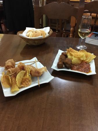 Bar Restaurante Nuevo Echate Paya : Tapas