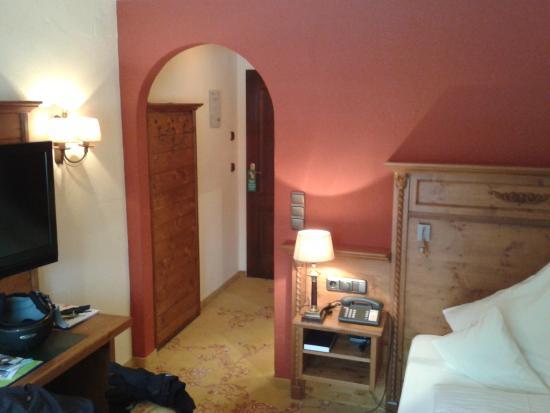 Hotel Bergruh: Eingangsbereich Einzelzimmer