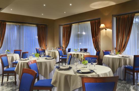 L\'ARENGO RISTORANTE - Picture of Grand Hotel San Marino, City of ...