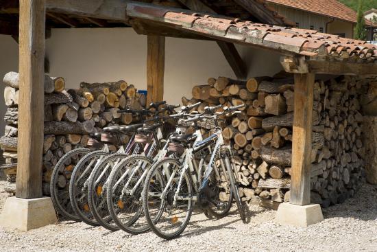 Tour-de-Faure, فرنسا: Vélos