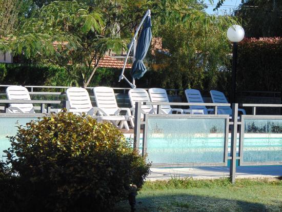 Minas Hotel: Piletas y zona de recreación