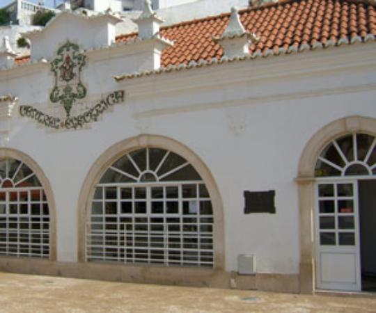 Galeria De Arte: Galeria De Arte Pintor Samora Barros (Albufeira)