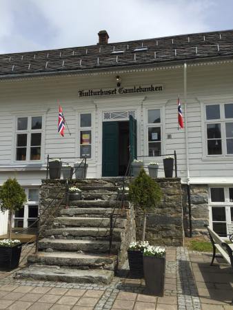 ร้านอาหาร Nordfjordeid