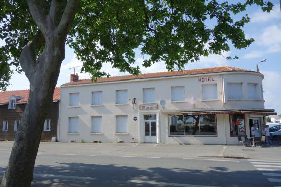 Photo of Hotel L'Aquarelle La Rochelle