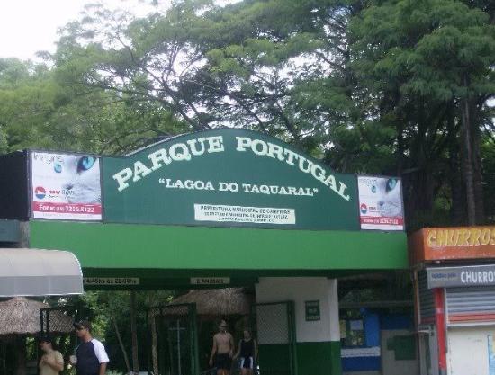 Parque Portugal: Entrada principal